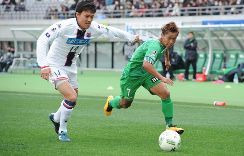 Tokyo Verdy v Hokkaido Consadole Sapporo - J.League 2
