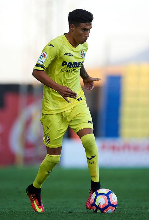 VILLARREAL, SPAIN - JULY 16:  Leonardo Suarez of Villarreal in action during the friendly match between Villarreal CF and CD Hospitalet at Ciudad Deportiva of Miralcamp on July 16, 2016 in Villarreal, Spain.  (Photo by Manuel Queimadelos Alonso/Getty Images)