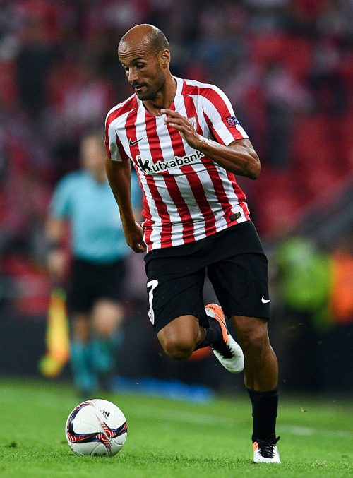 BILBAO, SPAIN - SEPTEMBER 29:  Mikel Rico of Athletic Club runs with the ball during the UEFA Europa League Group F match between Athletic Club and SK Rapid Wien at San Mames stadium on September 29, 2016 in Bilbao, Spain.  (Photo by David Ramos/Getty Images)