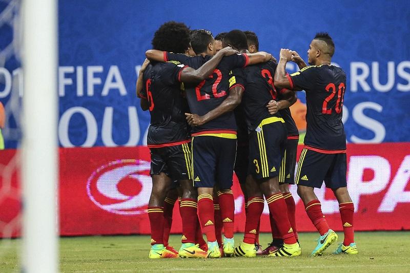 同点ゴールを喜ぶコロンビア代表 [写真]=LatinContent/Getty Images