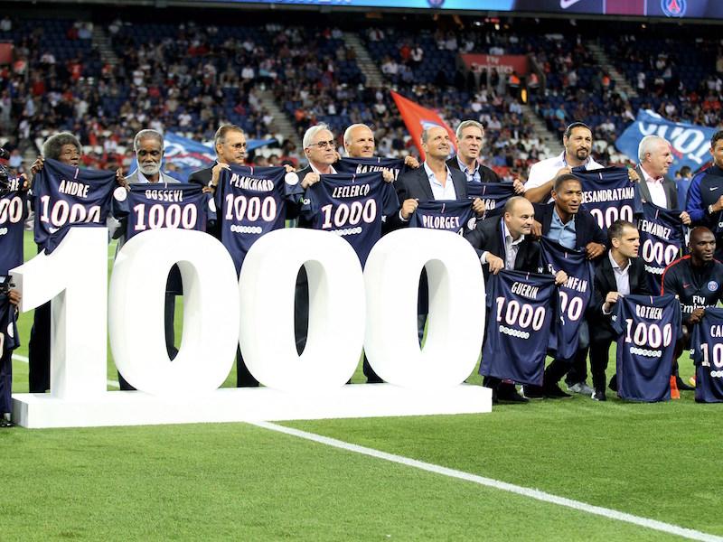 試合開始前にはホーム1000試合のセレモニーが行われた [写真]=Getty Images