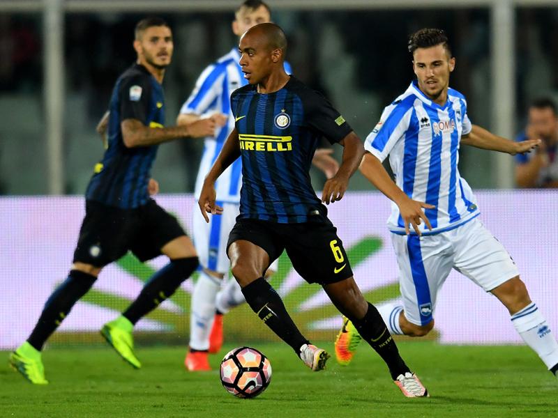 インテルでの初出場を果たしたジョアン・マリオ(中央) [写真]=Inter via Getty Images