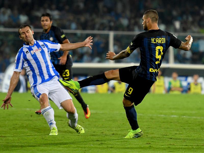 イカルディ(右)が劇的な逆転ゴール [写真]=Inter via Getty Images