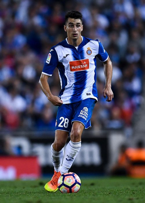 BARCELONA, SPAIN - SEPTEMBER 18:  Marc Roca of RCD Espanyol runs with the ball during the La Liga match between RCD Espanyol and Real Madrid CF at the RCDE stadium on September 18, 2016 in Barcelona, Spain.  (Photo by David Ramos/Getty Images)