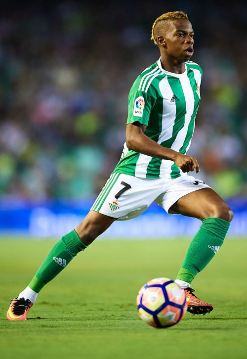 SEVILLE, SPAIN - SEPTEMBER 23:  Charly Musonda of Real Betis Balompie in action during the match between Real Betis Balompie vs Malaga CF as part of La Liga at Benito Villamarin stadium on September 23, 2016 in Seville, Spain.  (Photo by Aitor Alcalde Colomer/Getty Images)