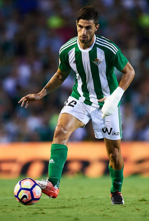 SEVILLE, SPAIN - SEPTEMBER 23:  Cristiano Piccini of Real Betis Balompie in actionduring the match between Real Betis Balompie vs Malaga CF as part of La Liga at Benito Villamarin stadium on September 23, 2016 in Seville, Spain.  (Photo by Aitor Alcalde Colomer/Getty Images)