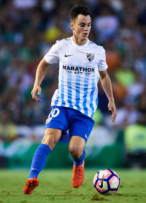 "SEVILLE, SPAIN - SEPTEMBER 23: Juan Pablo Anor ""Juanpi"" of Malaga CF in action during the match between Real Betis Balompie vs Malaga CF as part of La Liga at Benito Villamarin stadium on September 23, 2016 in Seville, Spain.  (Photo by Aitor Alcalde Colomer/Getty Images)"