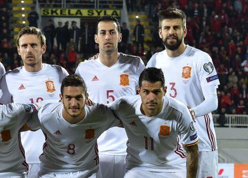 ●ユニの袖を切って物議のピケ、W杯後にスペイン代表引退へ 連盟は釈明