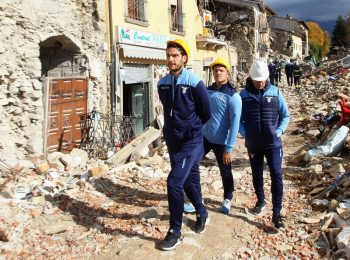 RIETI, ITALY - OCTOBER 19:  SS Lazio players visit Amatrice near Rieti, Italy. Amatrice and surrounding area were devasted by an earthquake on the 24th August, 2016.  (Photo by Paolo Bruno/Getty Images)