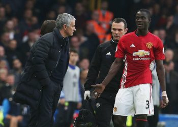 LONDON, ENGLAND - OCTOBER 23:  Manager Jose Mourinho of Manchester United speaks to Eric Bailly after he left the match with an injury during the Premier League match between Chelsea and Manchester United at Stamford Bridge on October 23, 2016 in London, England.  (Photo by Matthew Peters/Man Utd via Getty Images)