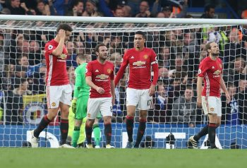 LONDON, ENGLAND - OCTOBER 23:  Ander Herrera, Juan Mata, Chris Smalling and Daley Blind of Manchester United react to conceding a goal during the Premier League match between Chelsea and Manchester United at Stamford Bridge on October 23, 2016 in London, England.  (Photo by Matthew Peters/Man Utd via Getty Images)