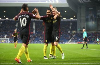 WEST BROMWICH, ENGLAND - OCTOBER 29: Ilkay Gundogan of Manchester City celebrates after he scores to make it 0-4 with Kevin De Bruyne and Sergio Aguero of Manchester City during the Premier League match between West Bromwich Albion and Manchester City at The Hawthorns on October 29, 2016 in West Bromwich, England. (Photo by Catherine Ivill - AMA/West Bromwich Albion FC via Getty Images )