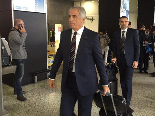 ●日本代表が決戦の地メルボルンに到着 ハリルホジッチ監督からは時折笑顔も