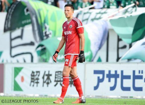 日本代表候補初選出、合宿参加の松本GKシュミット・ダニエル「レベルアップしたい」
