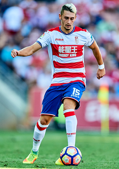 GRANADA, SPAIN - SEPTEMBER 11:  Omer Atzili of Granada CF in action during the match between Granada CF vs SD Eibar as part of La Liga at Nuevo los Carmenes Stadium on September 11, 2016 in Granada, Spain.  (Photo by Aitor Alcalde Colomer/Getty Images)