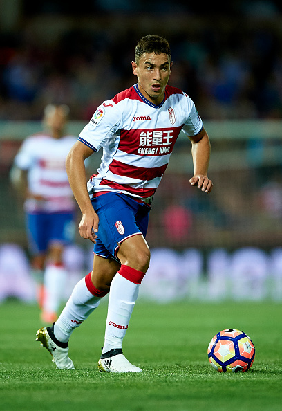 GRANADA, SPAIN - OCTOBER 22:  Ezequiel Ponce of Granada CF in action during the match between Granada CF vs Sporting Gijon as part of La Liga at Nuevo los Carmenes Stadium on October 22, 2016 in Granada, Spain.  (Photo by Aitor Alcalde Colomer/Getty Images)