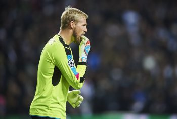 COPENHAGEN, DENMARK - NOVEMBER 02: Goalkeeper Kasper Schmeichel of Leicester City FC in action during the UEFA Champions League match between FC Copenhagen and Leicester City FC at Telia Parken Stadium on November 2, 2016 in Copenhagen, Denmark. (Photo by Lars Ronbog / FrontZoneSport via Getty Images)