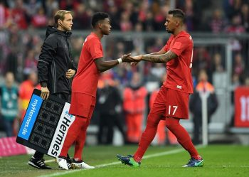 MUNICH, GERMANY - NOVEMBER 05: David Alaba of Muenchen replaces Jerome Boateng of Muenchen as a substitute during the Bundesliga match between Bayern Muenchen and TSG 1899 Hoffenheim at Allianz Arena on November 5, 2016 in Munich, Germany.  (Photo by Matthias Hangst/Bongarts/Getty Images)