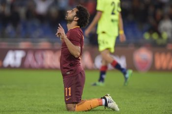 ROME, ITALY - NOVEMBER 06:  AS Roma player Mohamed Salah celebrates the goal during the Serie A match between AS Roma and Bologna FC at Stadio Olimpico on November 6, 2016 in Rome, Italy.  (Photo by Luciano Rossi/AS Roma via Getty Images)