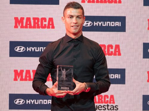 ●C・ロナウド、スペイン紙選定の昨季MVPに 自身4度目の「ディ・ステファノ賞」