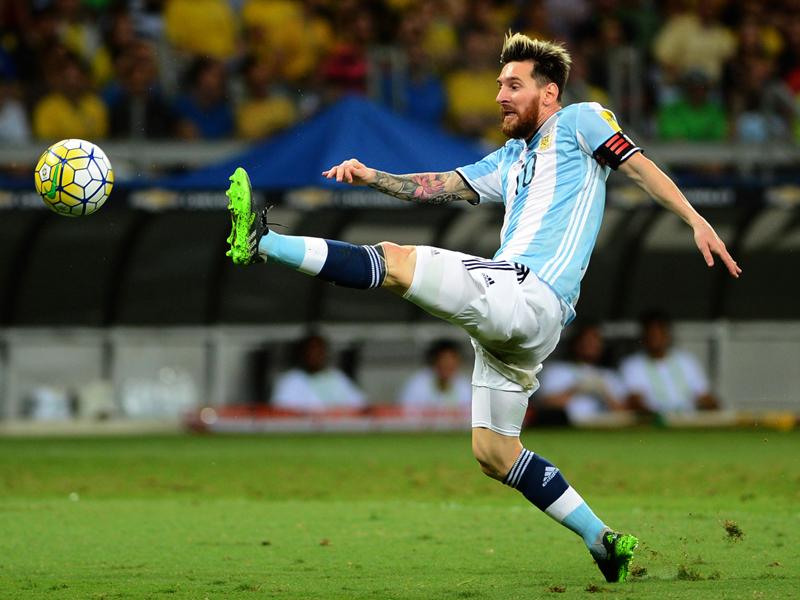メッシは最後までゴールを決めることができなかった [写真]=LatinContent/Getty Images