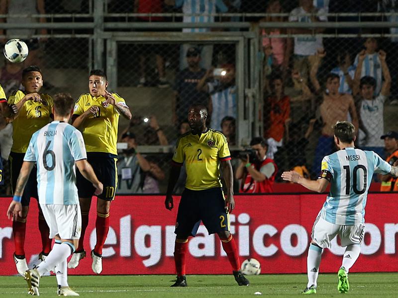 メッシが直接FKで先制ゴールを決めた [写真]=LatinContent/Getty Images