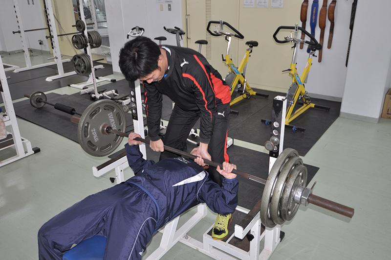 スポーツトレーナー、インストラクターなど、様々な進路を目指すことができる