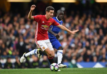 LONDON, ENGLAND - OCTOBER 23:  N'Golo Kante of Chelsea chases down Ander Herrera of Manchester United during the Premier League match between Chelsea and Manchester United at Stamford Bridge on October 23, 2016 in London, England.  (Photo by Shaun Botterill/Getty Images)