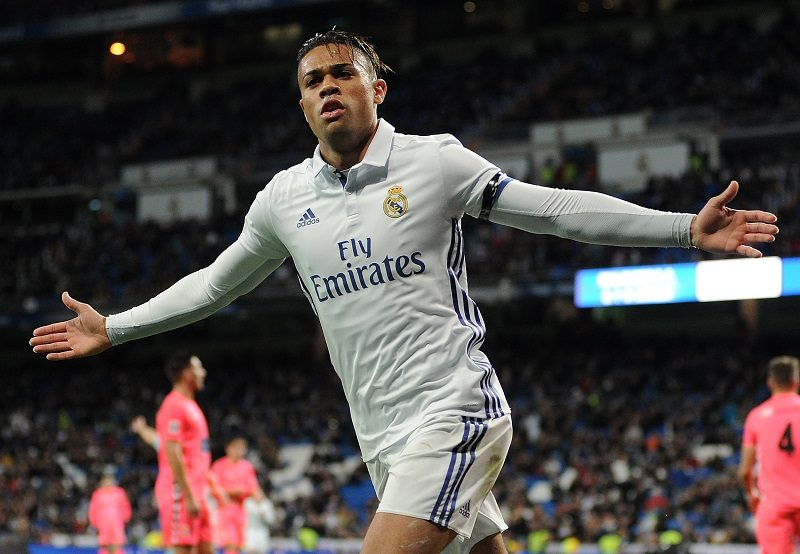 MADRID, SPAIN - NOVEMBER 30:  Mariano Diaz Mejia of Real Madrid CF celebrates after scoring Real's 3rd goal during the Copa del Rey last of 32 match between Real Madrid and Cultural Leonesa at estadio Santiago Bernabeu on November 30, 2016 in Madrid, Spain.  (Photo by Denis Doyle/Getty Images)