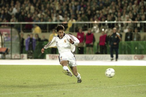 Real Madrid v Vasco da Gama - Toyota Cup