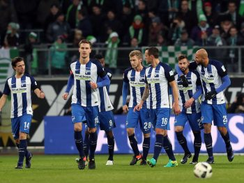 WOLFSBURG, GERMANY - DECEMBER 03: Marvin Plattenhardt (5th R) of Berlincelebrates after scoring his team's first goal with team mates during the Bundesliga match between VfL Wolfsburg and Hertha BSC at Volkswagen Arena on December 3, 2016 in Wolfsburg, Germany. (Photo by Ronny Hartmann/Bongarts/Getty Images)