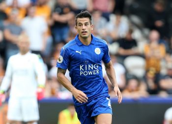 HULL, ENGLAND - AUGUST 13: Luis Hernandez of Leicester City during the Premier League match between Leicester City and Hull City at KC Stadium on August 13, 2016 in Hull, United Kingdom.  (Photo by Plumb Images/Leicester City FC via Getty Images)