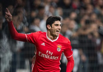 ISTANBUL, TURKEY - NOVEMBER 23: Goncalo Guedes of Benfica celebrates the first goal of Benfica during the UEFA Champions League match between Besiktas JK and SL Benfica at Vodafone Arena on November 23, 2016 in Istanbul. (Photo by Lukas Schulze - UEFA/UEFA via Getty Images)