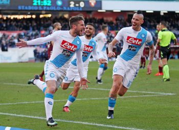 NAPLES, ITALY - DECEMBER 18: Marek Hamsik and Dries Mertens of SSC Napoli celebrate the 3-0 goal scored by Dries Mertens during the Serie A match between SSC Napoli and FC Torino at Stadio San Paolo on December 18, 2016 in Naples, Italy.  (Photo by Francesco Pecoraro/Getty Images)