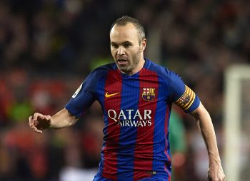 BARCELONA, SPAIN - JANUARY 11:  Andres Iniesta of Barcelona runs with the ball during the Copa del Rey Round of 16 Second Leg match between FC Barcelona and Athletic Club at Camp Nou on January 11, 2017 in Barcelona, Spain.  (Photo by Manuel Queimadelos Alonso/Getty Images)
