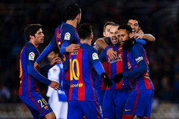 SAN SEBASTIAN, SPAIN - JANUARY 19:  Neymar Jr. of FC Barcelona celebrates with his team mates after scoring from the penalty spot his team's first goal during the Copa del Rey quarter-final first leg match between Real Sociedad and FC Barcelona at Anoeta stadium on January 19, 2017 in San Sebastian, Spain.  (Photo by David Ramos/Getty Images)