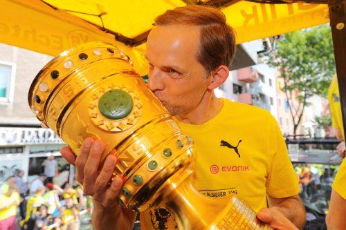 ●香川所属のドルトムントがトゥヘル監督を解任…ドイツ杯優勝から3日後