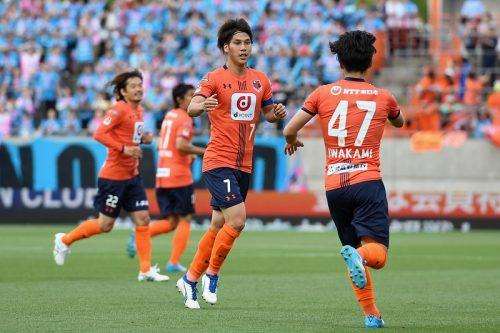 伊藤新監督の大宮、リーグ戦初陣はドロー…鳥栖に先制許すも江坂が同点弾