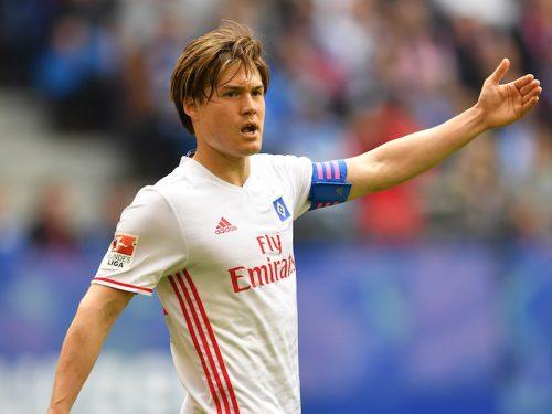 酒井高徳、新季も名門HSVのキャプテン継続!「大変な名誉、期待に応えたい」