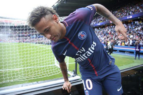 バルサ会長、PSG移籍のネイマールを批判「クラブ以上の選手は存在しない」