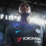 2017-18_Chelsea_Third_Kit_-_Tiemoue_Bakayoko_2_73838