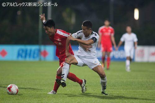 ●田中脩史が2試合連続ゴール、アルビ新潟Sは上位決戦でドロー