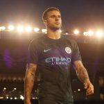 Manchester_City_2017-18_Third_Kit_-_Kyle_Walker_73890