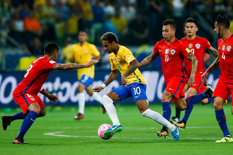 コパ連覇のチリ、W杯出場逃す…ブラジルに完封負け、悲劇の6位転落