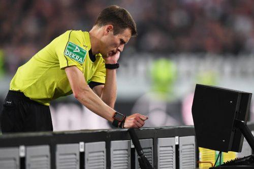 """●ドイツで波紋を呼ぶビデオ判定…試合結果を""""操作""""した疑惑も浮上"""