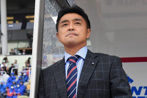 J1残留未確定の甲府、吉田達磨監督の続投を発表「全てを出し切る」