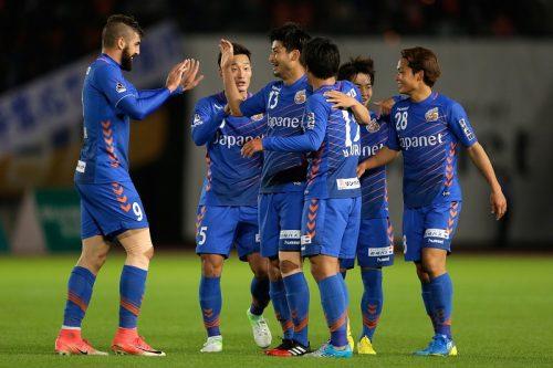 ●長崎、クラブ史上初のJ1昇格! 讃岐を下し2位確定…最古参・前田が決勝点