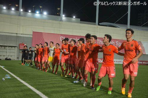 ●佐野翼が4ゴールの大活躍、アルビ新潟Sが大勝でリーグ連覇達成