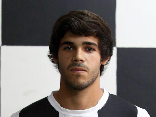 20歳のポルトガル人FWが右足のが...