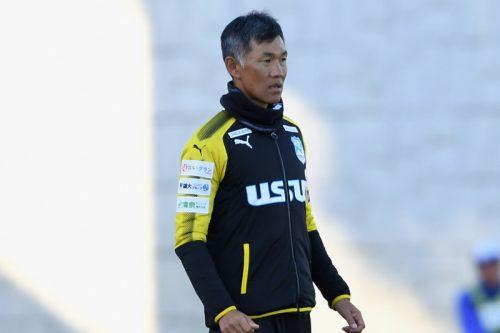 ●沼津、吉田謙監督との契約を更新…J3参入1年目、優勝逃すも3位